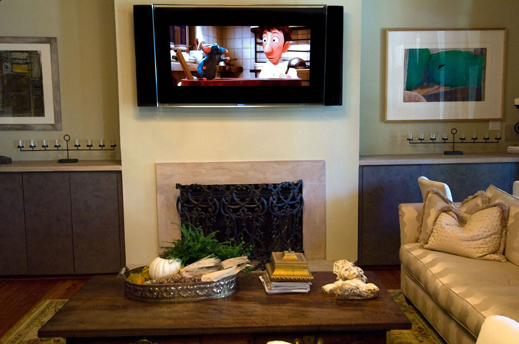 TV OVER FIREPLACE